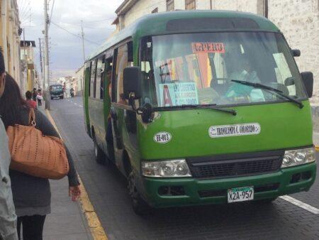 サンドラの家へのバス