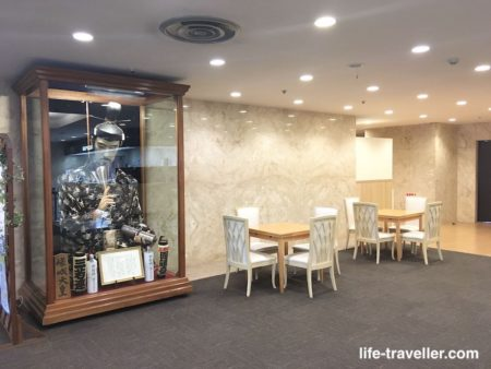 成田U-シティホテルの共用机