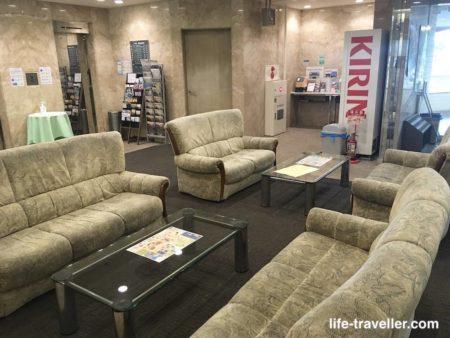 成田U-シティホテルのソファー