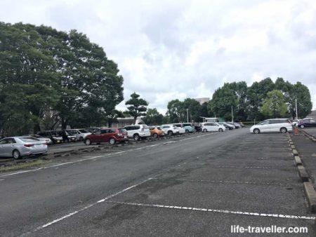 成田ビューホテルの駐車場