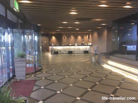 ザエディスターホテル成田のフロント
